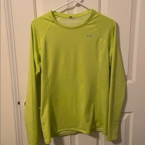 Women's large under armour long sleeve shirt